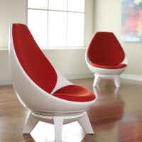 2 x Sway lounge chairs
