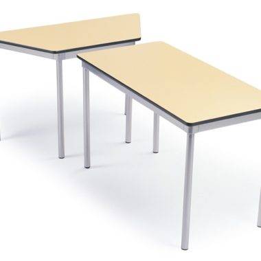Proteus Trap and rectangle table