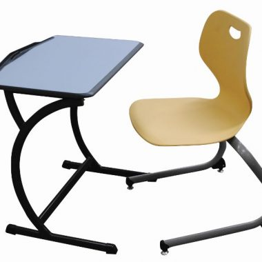Groove OP table and Intellect Wave chair